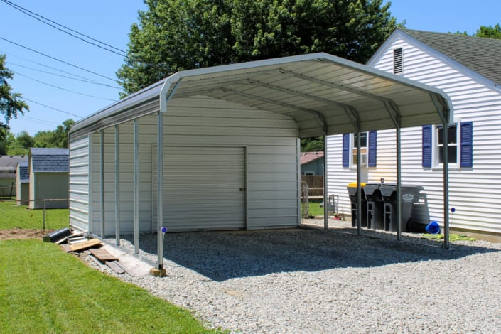 One-Car Garage w/Extended Overhang